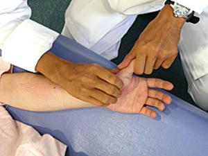 親指の痛みに対するASTR